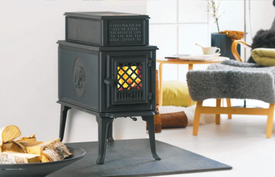 Jotul F118 Black Bear